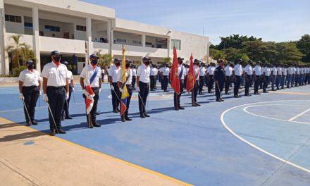 326 nuevos estudiantes ingresaron a la UNES Aragua