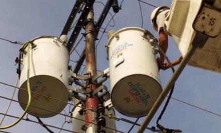 Corpoelec rehabilitó equipos de la red de distribución eléctrica en Aragua