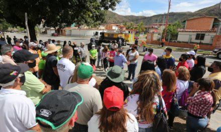 Gobernador Marco Torres sostuvo encuentro con Poder Popular de Valle Fresco y San Pablo de Turmero