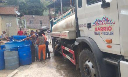 Alcaldía garantiza agua y gas a comunidades sanmateanas