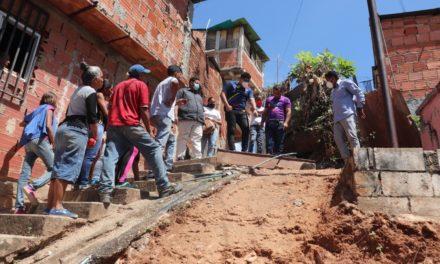 Alcalde de Santos Michelena ejecuta obras para mejorar calidad de vida de comunidad Las Praderas en Tejerías