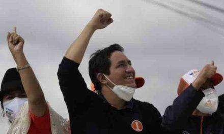 Andrés Arauz aseguró puesto en segunda vuelta electoral de Ecuador