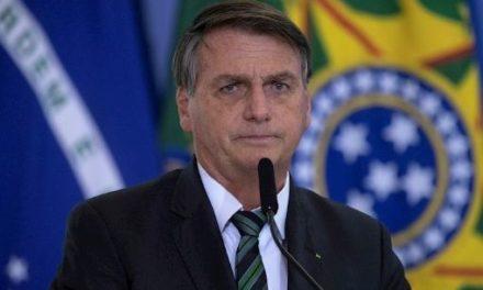 Aumentan solicitudes de destitución contra Bolsonaro en Brasil