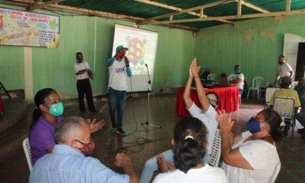 Reto al Conocimiento puso a prueba la habilidad del popular organizado de Las Guacamayas