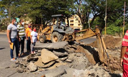 Sustitución de colector beneficia a más de 600 familias de urbanización El Samán del municipio Sucre