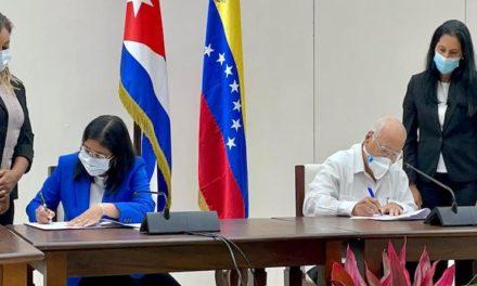 Delegaciones de Venezuela y Cuba firman acta de la XXI sesión de la Comisión Mixta Intergubernamental