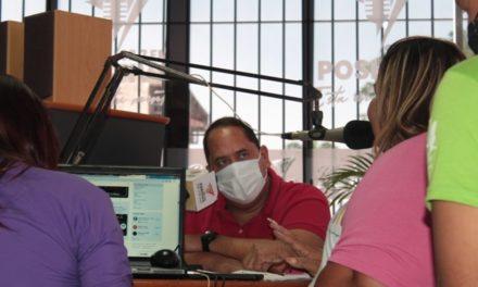 Mujeres en Palo Negro celebraron desde la radio
