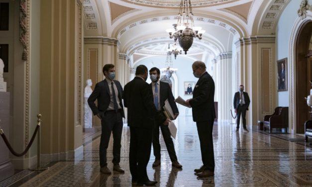 Senado de EEUU aprueba paquete de ayuda por 1,9 billones de dólares