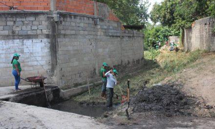 Alcaldía de Mariño inició trabajos de limpieza en canal de La Gallera