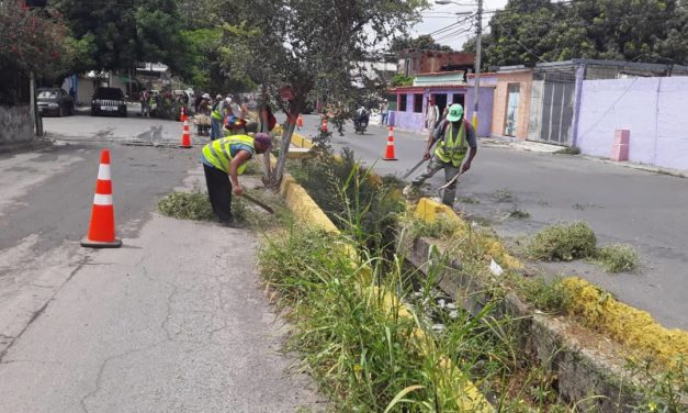 Gobierno de Aragua ejecuta jornada de mantenimiento en sector Andrés Bello del municipio Sucre