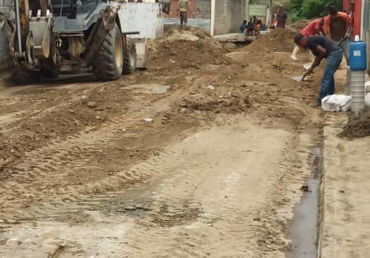 Inician trabajos de sustitución de tuberías en el sector Jabillos II de Linares Alcántara
