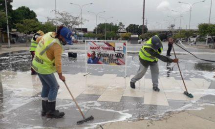 Ejecutivo regional activó labores de limpieza y mantenimiento en plaza El Ancla de Maracay