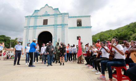 Gobernador Marco Torres condecoró a patriotas de Chuao por gesta heroica contra mercenarios