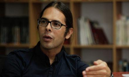 Freddy Ñáñez: Celebramos la labor periodística que libra un combate por la verdad