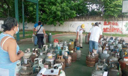 Jornada de gas doméstico benefician a más de mil 700 familias en el municipio Sucre