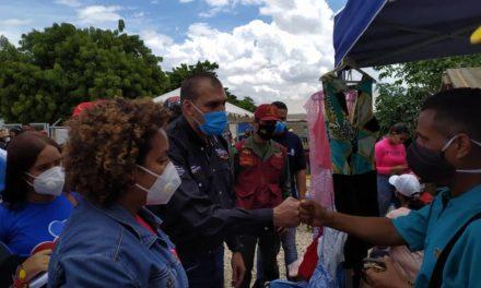 Plan Amor y Atención a las Víctimas de la Guerra Económica asistió a familias de Fundocoropo