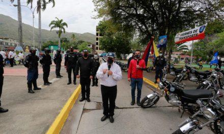 Primer mandatario regional entregó nuevas 60 motos a la Policía Bolivariana de Aragua