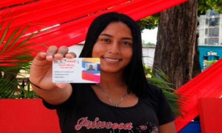 Venezuela va rumbo a los 8 millones de militantes carnetizados del PSUV