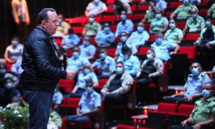 Gobernador Marco Torres encabezó acto de ascenso de 414 funcionarios policiales