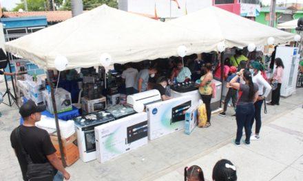 Feria de electrodomésticos benefició a habitantes de Palo Negro