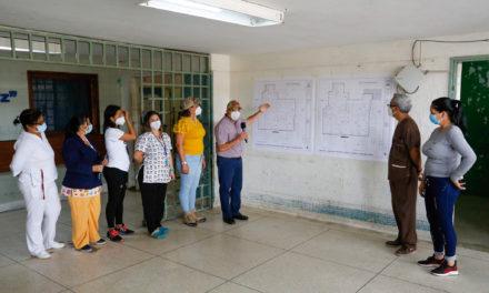 Gobernador Marco Torres dio inicio al proceso de rehabilitación del Hospital José María Benítez de La Victoria