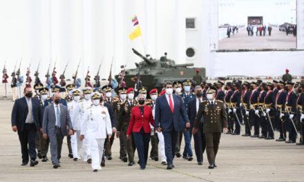 Presidente Nicolás Maduro graduó a mil 52 nuevos oficiales y nuevas oficiales de la FANB