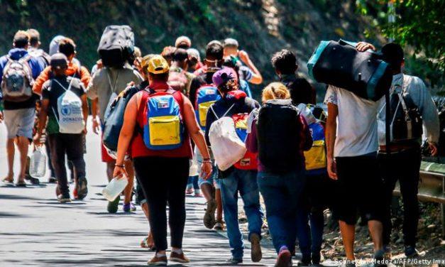 Uso político y mercantil de la migración venezolana