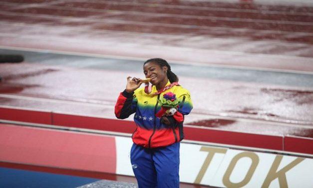 ¡LA REINA DE LA VELOCIDAD! Zuliana Lisbeli Vera se proclama campeona en los 200m T47 al conquistar su segunda medalla de oro en los Juegos Paralímpicos Tokio 2020