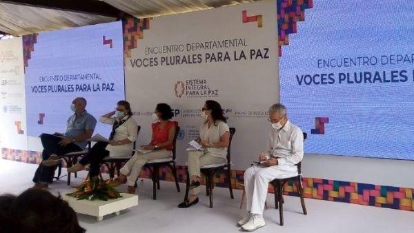Denuncian que hay más de 20 lideresas colombianas amenazadas