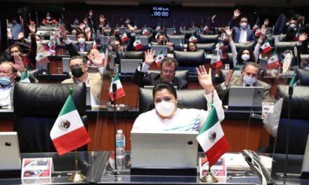 Senado mexicano avala la consulta sobre la revocación de mandato del presidente