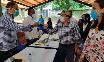Ministro Marco Torres instaló mesa de trabajo con presidentes de las hidrológicas del país